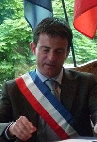 #Corse – 68% des corses n'ont pas confiance en Manuel Valls, alors que 55% des corses pensent que le FLNC a évité le béton