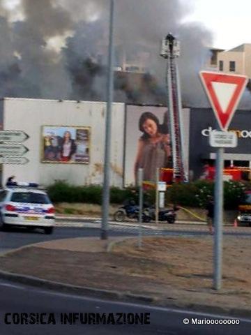 #Corse – Incendie au magasin Défi Mode d'Ajaccio-Noël Franchini